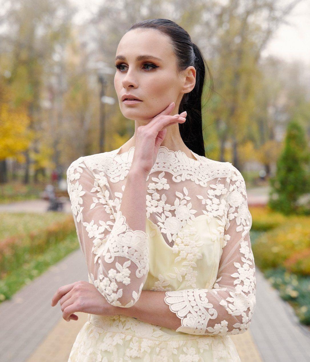 4c5773ab8d43fb9 Вечернее платье с кружевом Ganveri Жёлтый купить за 2 880 ГРН в ...